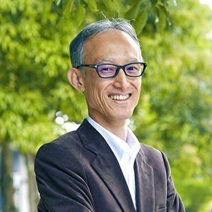 鎌田 富久 氏